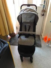 Cuggi rowan travel stroller can deliver vgc