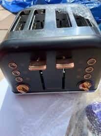 Morphy Richards 4 slice toaster rose gold black