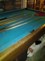 4x8 pool table with accessories