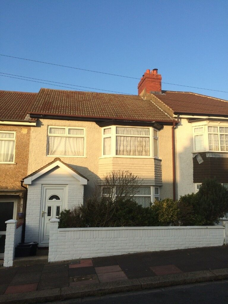 Great 4 Bed House To Rent Eastbourne Rd Brighton Available Soon