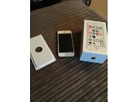 IPhone 5s 16gb white and gold