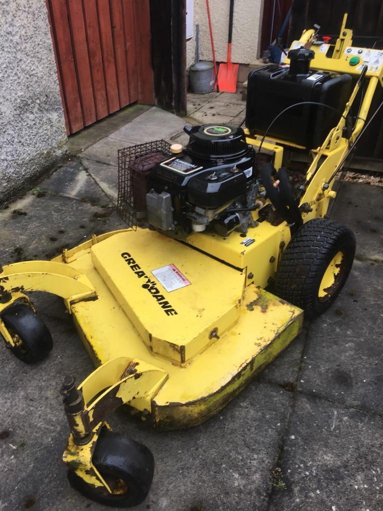Great Dane petrol self propelled zero turn Hydraulic lawnmower pedestrian  mower scag ferris   in Larkhall, South Lanarkshire   Gumtree