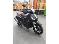 Piaggio Beverly Sport Touring 350 ABS