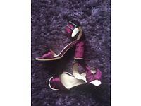 Size 7 crushed velvet heels, worn once. Gorgeous pair!