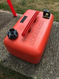 25 litre petrol fuel can made by quicksilver excellent for marine use. Has fuel gauge.