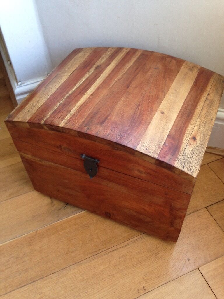 Small done top trunk