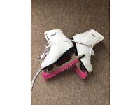 Women's Ice Skates Size 4/37 ISK8