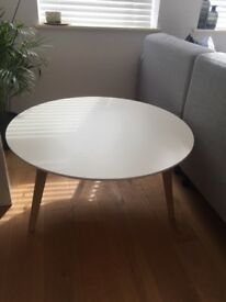 White and oak round coffee table. £30