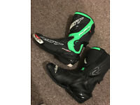 RST trachtech evo Lime green boots size 11 NEVER USED!