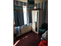 A large room for rent in a shared house all bills Included Great location to get to City Centre