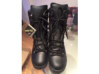Men's gortex boots. Size 9L or 8M