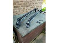 Roof bars to fit a volkswagan Polo 2005