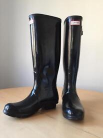 Hunter Black Boots - mint condition - size 39 UK 6