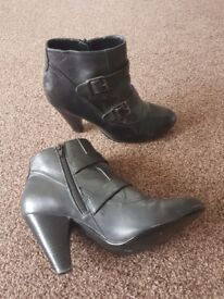 £5 Size 8 Black Dorothy Perkins Boots