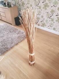 Wooden decorative twigs
