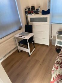 2 Double rooms in Canada Water and Rotherhithe area