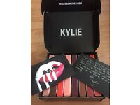 Kylie Jenner Lip Kits (lip gloss + lip liner)