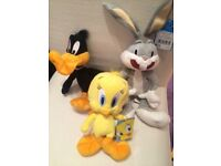 New Loovey Tunes set of 3 Soft Toys