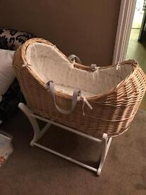 Peter rabbit Moses basket (mother care)