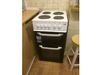 Free standing Electric cooker/oven