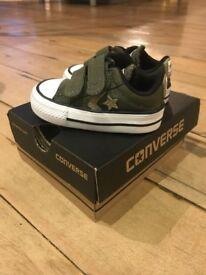 *UNUSED* Converse star player ox khaki boys toddler shoes (UK 2)
