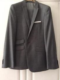 Men's suit - grey - ideal for Prom!