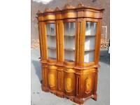 Display Cabinet - Quality Classic Italian Display Cabinet