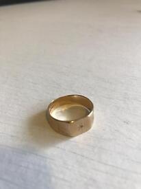 9Carrot Gold Men's Ring 0.5carrot diamond