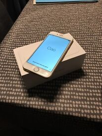 IPhone 6 Gold. immaculate condition