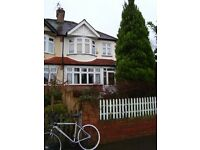 Brixton Hill - double room in 3-bed house