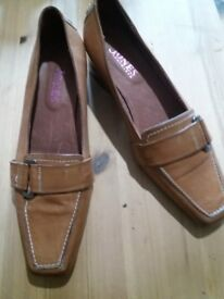 JONES leather ladies shoes