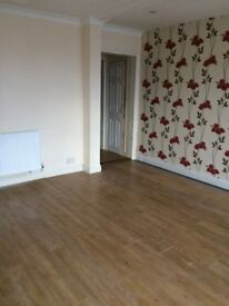 Large 3 Bedroom Ground Floor Flat With Private Car Park