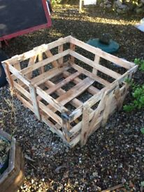 Wooden crates / pallets