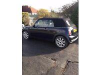 Gorgeous Mini Cooper Convertible BLACK