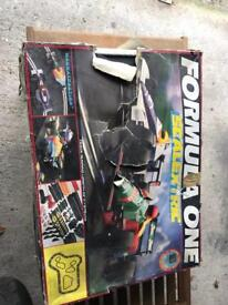 FORMUL ONE SCALEXTRIC SET