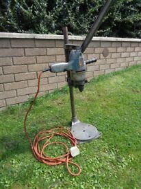 Bench Drill, pillar drill, pedistal drill, drill press, Black & Decker