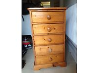 Chunky pine Talbot chest of 5 drawers draws
