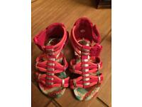 Summer sandals size 4