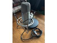 Samson usb mic. Superb quality. Home recording made easy