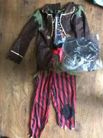 Childs Pirate Halloween costume 8-11yrs