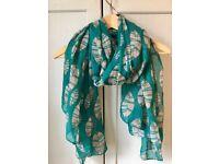 Beautiful green scarf!