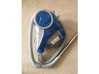 Vacuum Cleaner - Vax Powermax VRS12A ‑ Cylinder Vacuum ‑ Bagless