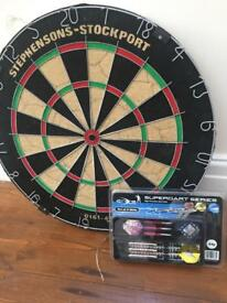 Dartboard and dart set