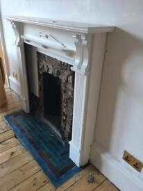 Mantel piece surround - white