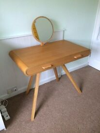 'MADE' FONTEYN DRESSING/MAKEUP TABLE - £245 (Perfect condition) RRP £349
