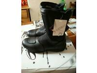 Richa boots