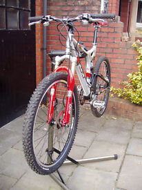 Retro GT Idrive Mountain Bike