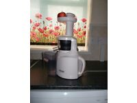 BIOCHEF COLD PRESS JUICER - RRP £199 - SELLING FOR £100