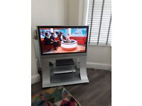 TV Panasonic Viera HD, full theatre system with Dvd player