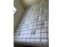 Double Duvan Bed - Very good condition